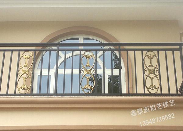 铝艺阳台栏工程