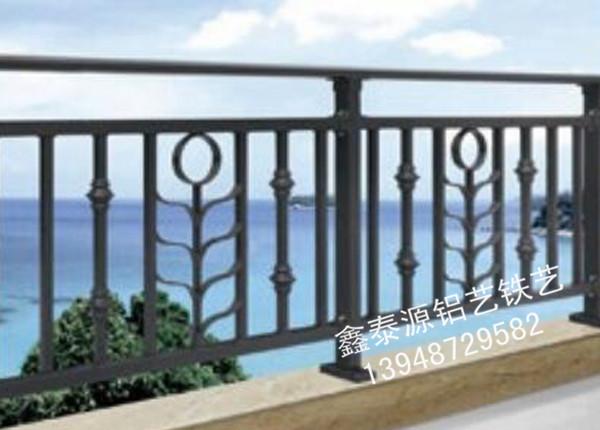 铁艺阳台护栏设计